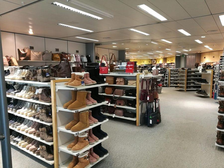 Marktplatz Küssnacht Vögele Shoes